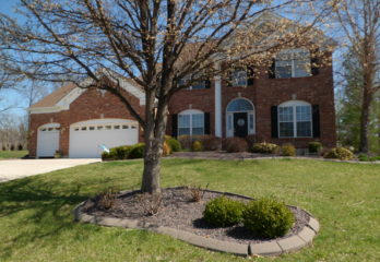 613 Charlemagne Dr., Lake St. Louis, MO 63367-UNDER CONTRACT!