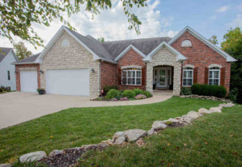 15 CHARLEMAGNE CT.,  Lake St Louis, MO 63367